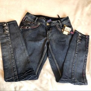 House of Dereon NWT Skinny Jeans Size 14W